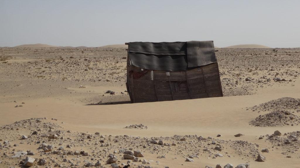 la tempête de sable souffle fort des fois!