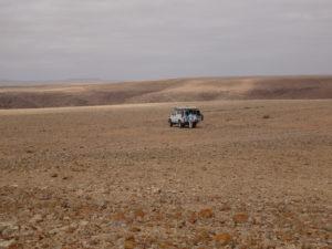 picnic sur désert de cailloux!!